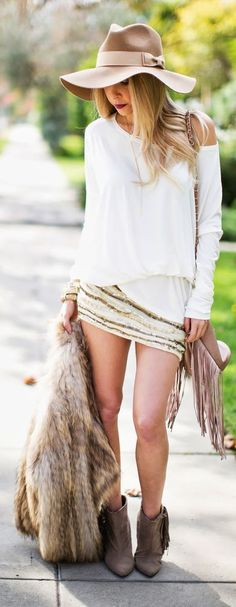 Camel Flowy Hat..Gorgeous outfit