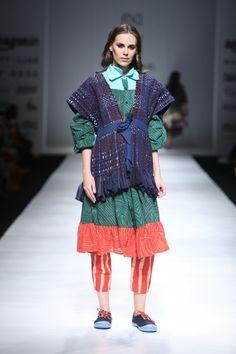 Ka Sha by Karishma Sahani  - Amazon India Fashion Week - Autumn Winter 17 - 11