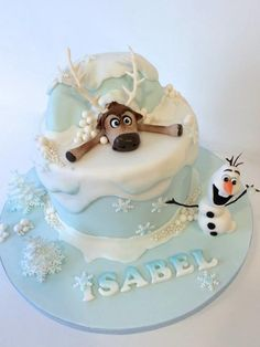LOVED making this cake for a lovely little girls 5th Birthday! Olaf has such a brilliant expression to work with!