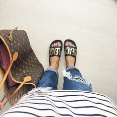 Beach Please @thewhitebrand  #ootd #poolsandals #louisvuitton #rippedjeans #stripes #whatiwear #myblueberrynightsblog #morning