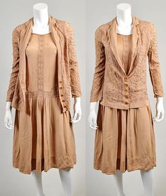 Vintage 1920s crepe dress with crewel embroidery, study piece           H2