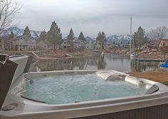 3BR Magnificent Lake House + Private Hot Tub, South Lake Tahoe, Sleeps 10 - Turnkey Vacation Rentals