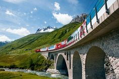 Glacier Express scenic rail holidays between St. Moritz, Chur, Brig & Zermatt with the Swiss Holiday Company. Book with the UK experts for Glacier Express Zermatt, Glacier Express, Bernina Express, Rail Europe, Europe Train Travel, Swiss Travel, Train Tour, Alpine Lake, Train Journey