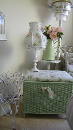 shabby in green & white