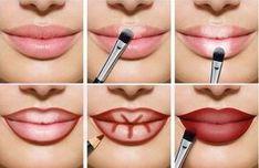 Lips full of make-up: this is how lip contouring and Lippen voller schminken: So gelingt es mit Lip-Contouring und Ombré-Lips! Full lips make up red light dark areas up - Lip Tutorial, Lip Makeup Tutorial, Makeup Tutorials, Red Lipstick Tutorial, Ombre Lips Tutorial, Beauty Makeup, Eye Makeup, Makeup Lipstick, Lipsticks