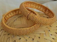 Ali Baba Selani Gold and diamond suppliers Dubai. Gold Bangles Design, Gold Jewellery Design, Gold Jewelry, Designer Bangles, Wedding Jewelry, Diamond Jewelry, Antique Jewelry, Stylish Jewelry, Fashion Jewelry