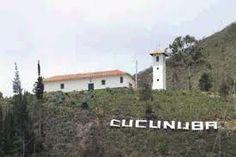 Cucunubá es un municipio de Cundinamarca (Colombia), ubicado en la Provincia del Valle de Ubaté, a 88 km al norte de Bogotá.