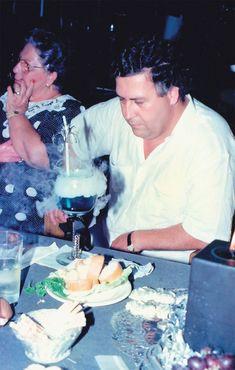 Pablo Emilio Escobar, Pablo Escobar Wife, Pablo Escobar Poster, Don Pablo Escobar, Narcos Escobar, Colombian Drug Lord, Drug Cartel, Mafia, Gangster Party