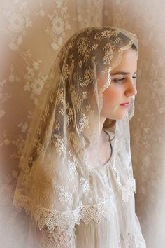 Evintage Veils~ Our Lady Vintage Lace Chapel Veil Mantilla Traditional D Shape