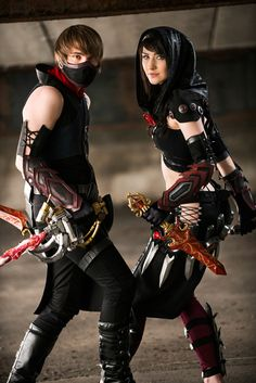 Guild Wars 2 thieves cosplay from Awesome Cosplay Gallery Cool Costumes, Cosplay Costumes, Halloween Costumes, Cosplay Ideas, Cloak And Dagger, Guild Wars 2, Female Superhero, Best Cosplay, Awesome Cosplay