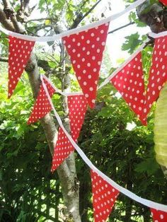 Red fabric bunting (but use/make gold bias tape) to string them together. Fabric Bunting, Bunting Banner, Party Bunting, Strawberry Shortcake Party, Strawberry Fields, Curious George Party, Summer Deco, Red Cottage, Summer Picnic