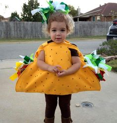 DIY Felt Taco Costume Tutorial Instant Download PDF Instructions Want to make your own Taco, Gyro, or Pita Costume this year? This Tutorial will guide you through making your very own child or adult taco costume This Taco costume is entirely made out of felt and can be sewn or glued together. The instructions are for sewing, but can be modified if you are a no sew craft mom. Other ideas that can be made using this tutorial are Gyros and Pita Costumes This costume fits any size! (from Baby…