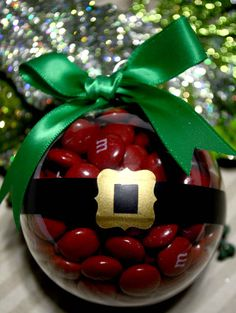 Diy Christmas Ornaments Santa Gifts Ideas For 2019 Santa Ornaments, Diy Christmas Ornaments, Christmas Projects, Holiday Crafts, Christmas Bulbs, Christmas Decorations, Christmas Ideas, Holiday Ideas, Christmas Favors