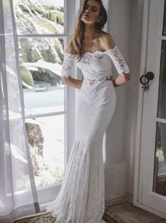 Two pieces ivory lace mermaid off the shoulder wedding dresses, beach wedding dresses € - SchickeAbendKleider.de Two pieces ivory lace mermaid off the shoulder wedding dresses, beach wedding dresses. Simple Wedding Gowns, Two Piece Wedding Dress, Lace Beach Wedding Dress, Wedding Dresses 2018, Long Sleeve Wedding, Wedding Dress Sleeves, White Wedding Dresses, Cheap Wedding Dress, Lace Wedding