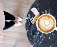 White pumps & latte cups ✌️☕️ #tccmugs