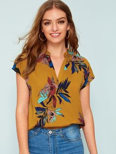 Shein V-neck Floral Print Blouse Blouse Peplum, Blouse Col V, Printed Blouse, Tops Boho, Womens Boho Tops, Patron T Shirt, Blouse Fleurie, Summer Blouses, Dressy Tops