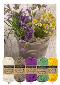 Kleurinspiratie - Kamille. Kleuren katoen van Scheepjeswol om te haken of te breien. Off white - bruin - paars - geel en groen