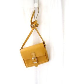 vintage leather bag ~ hulagirl1922