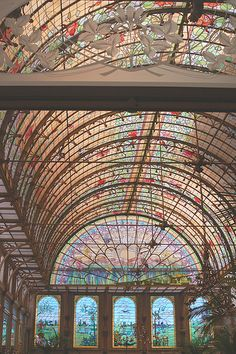 Art nouveau winter garden : dome in stained glass