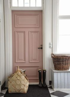Interiors – Entrance & Hallway inspiration… Calamine doors are my favourite doors. Hallway Inspiration, Interior Inspiration, Design Inspiration, Interior Ideas, Interior Sketch, Style At Home, Style Uk, Home Interior, Interior And Exterior
