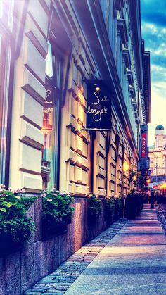 Town Street City View Beautiful Scene #iPhone #7 #wallpaper