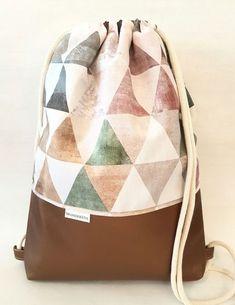 Sewing Diy Backpack Handbags Ideas For 2020 Pochette Diy, Diy Backpack, Backpack Handbags, Big Handbags, Backpack Pattern, Diy Sewing Projects, Sewing Diy, String Bag, Fashion Bags