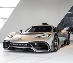 Mercedes Amg One is bringing supreme formula one technology to the streets. Mercedes Auto, Mercedes Benz Coupe, New Mercedes Amg, Maserati, Bugatti, Lamborghini, Ferrari Car, Exotic Sports Cars, Cool Sports Cars