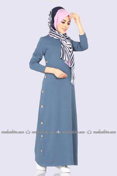 Frock Fashion, Cardigan Fashion, Abaya Fashion, Fashion Dresses, Iranian Women Fashion, Islamic Fashion, Muslim Fashion, Abaya Mode, Mode Hijab