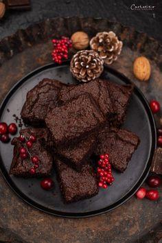 Ketogene Brownies Ketogene The post Ketogene Brownies appeared first on Gesundheit. Healthy Brownies, Brownie Desserts, Keto Brownies, Low Carb Desserts, Avocado Brownies, Low Carb Meal Plan, Low Carb Keto, Healthy Sweets, Healthy Baking