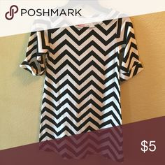 Black and white chevron girls dress Black and white girls chevron dress. Great paired with leggings! Faded Glory Dresses Casual