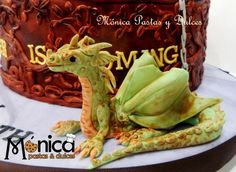 DETALLE DE TORTA GAME OF THRONES elaborado por MONICA PASTAS Y DULCES