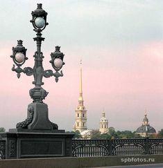 Петербург. Фонарь Троицкого моста
