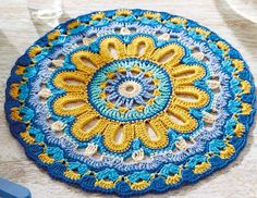 Ravelry: 22401 Blue Mandala by Arne & Carlos