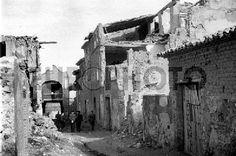 BELCHITE (ZARAGOZA), 9 DE FEBRERO DE 1940.- DESTRUIDO EL PUEBLO POR LOS INTENSOS COMBATES DURANTE LA GUERRA CIVIL, UNA NUEVA CIUDAD SE ESTA LEVANTANDO JUNTO A LA LOCALIDAD MARTIR POR DESIGNIO DEL GENERAL FRANCO Europhoto