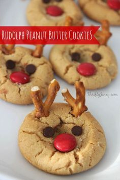 This Rudolph Peanut Butter Cookie Recipe is fun to make and delicious to eat. Use pretzels, mini chocolate chips and M&Ms to create your own Rudlophs!