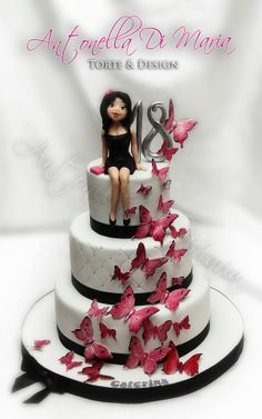 Ideas For Cake Desing Anniversaire Fille 18 Ans 18th Birthday Cake For Girls, 21st Birthday Cakes, Birthday Ideas, Fancy Cakes, Cute Cakes, Debut Cake, Bolo Paris, 18th Cake, Butterfly Cakes