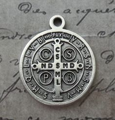 Medium Silver Italian Saint Benedict Medal Patron Saint Of Europe, Kidney Disease, Poisoning, Schoolchildren