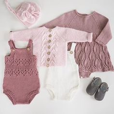 Repost from ❤️ Knitted Baby Clothes, Trendy Baby Clothes, Finger Crochet, Crochet Baby, Knitting For Kids, Baby Knitting, Baby Cardigan, Crochet Fashion, Baby Design