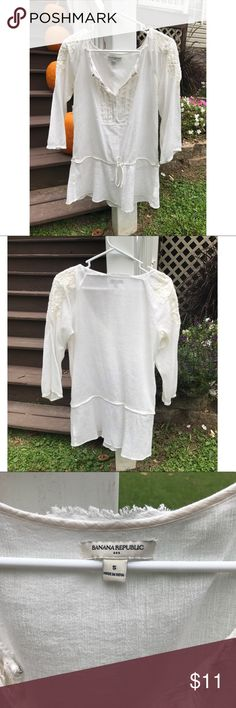 Banana Republic Boho Peasant Top Banana Republic boho peasant top with crochet detailing on shoulders. Used good condition. Size small but it's very flowy and loose so it can fit a medium depending on how loose and flowy you'd like it to be! If you have any questions just let me know! Banana Republic Tops