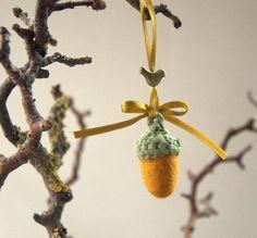 Cristmas ornament felt 4 Acorns with bronze birds by astashtoys, $12.00