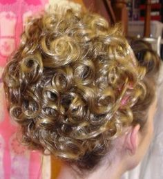 Caitlyn Bun Wig- NEED.
