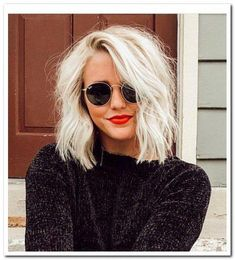 43 Stunning Ice Blonde Hair Color Trends for Women - All For New Hairstyles Ice Blonde Hair, Red Blonde, Ice Hair, Blonde Pixie, Blonde Short Hair, Blonde Bob, Blonde Haircuts, Bob Haircuts, Blonde Color