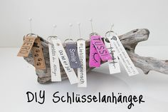 DIY Schlüsselanhänger aus SnapPap (Geschenkidee zum Valentinstag ♥) Big Shot, Diy Sewing Projects, Origami, Wi Fi, Place Card Holders, Hero, Diy Upcycling, Moment, Silhouette Cameo