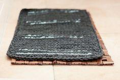 DIY tutorial: Een badmat met ingeweven patroontjes haken via DaWanda.com
