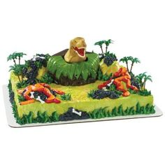 roaring dinosaur cake