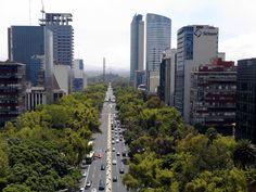 Reforma hacia Castillo de Chapultepec