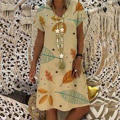 Outfit fall Leaf Printed Loose V Neck Dress Size Bust Length Shoulder cm inch cm inch cm inch S 94 93 39 M 98 94 40 L 102 95 41 XL 106 96 Casual Dresses, Short Sleeve Dresses, Dresses With Sleeves, Summer Dresses, Short Sleeves, Casual Outfits, Fall Dresses, Dress Outfits, Floryday Dresses