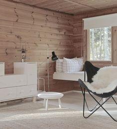 my scandinavian home: An idyllic Finnish cottage with an outdoor summer kitchen Log Home Interiors, Wood Interiors, Cottage Interiors, Nat Et Nature, Summer Kitchen, Kitchen Time, Modern Farmhouse Decor, Scandinavian Home, Interior Inspiration