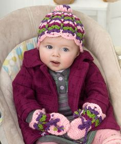 Sweet Lil' Scalloped Baby Hat and Mittens: free patterns