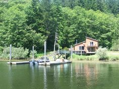 Lakeside Vacation Rental - VRBO 606870 - 3 BR Ten Mile Lakes Cabin in OR, Lakefront Cabin on Tenmile Lake 110 to 160 per night.  North Bend Oregon.  Own Boat Doc.  3 hours 47 minutes from Portland Oregon.